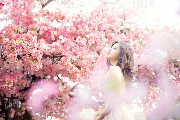 Korean Studio Pre-Wedding Photography: Floral by Gaeul Studio on OneThreeOneFour 2