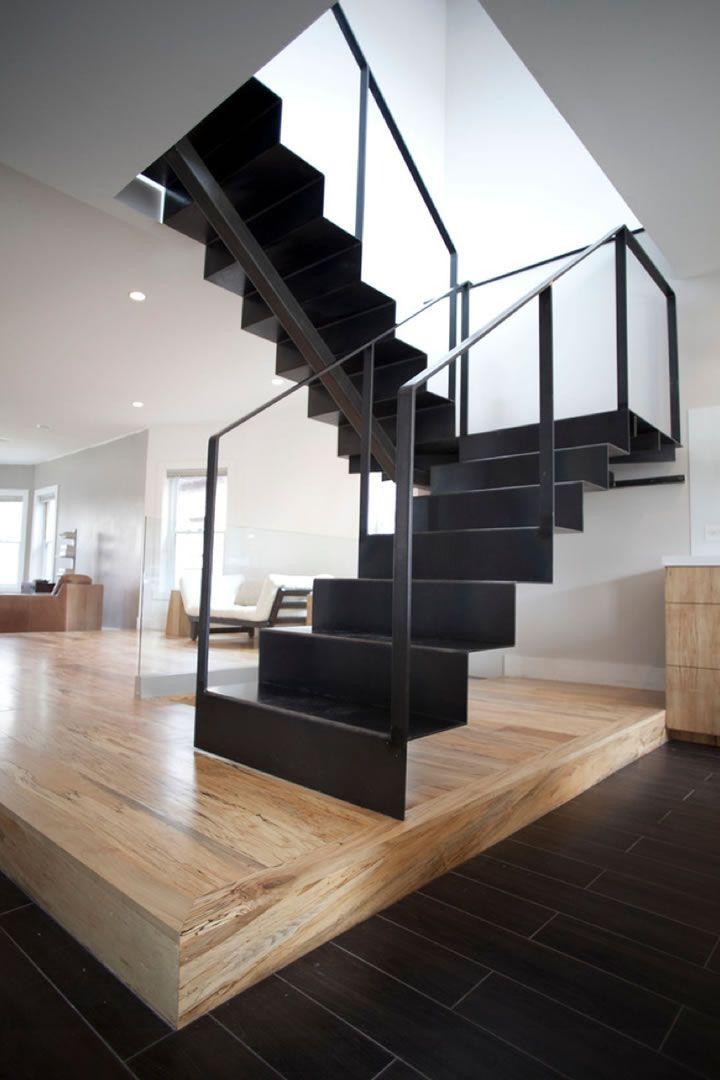 Casa diseños de casas interiores y exteriores : ... : Casas metu00e1licas, Escaleras de metal y Construcciones de metal
