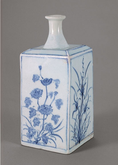 [Joseon Dynasty, 18th Century] Blue and White Porcelain Square Bottle