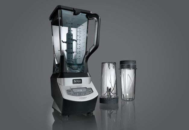 The Ninja® Professional Blender with Single Serve gives you professional blending performance in both full size pitcher and Nutri Ninja® cups
