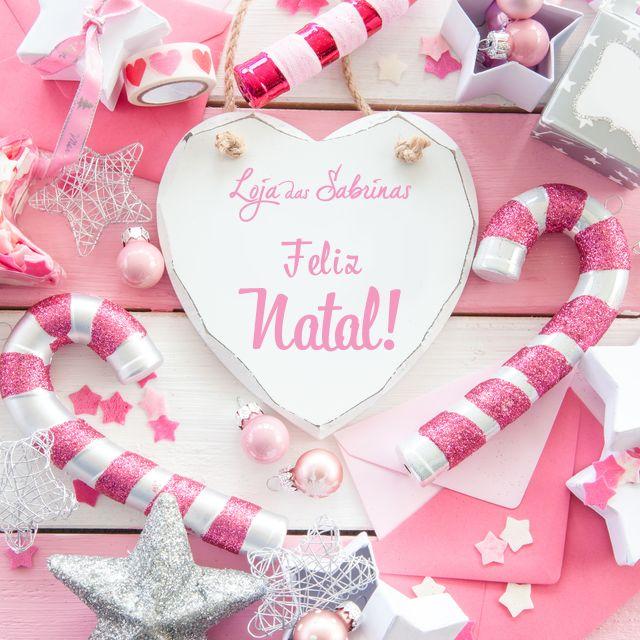 Este natal deixe a alegria brilhar e partilhe-a com quem mais gosta. Boas festas!