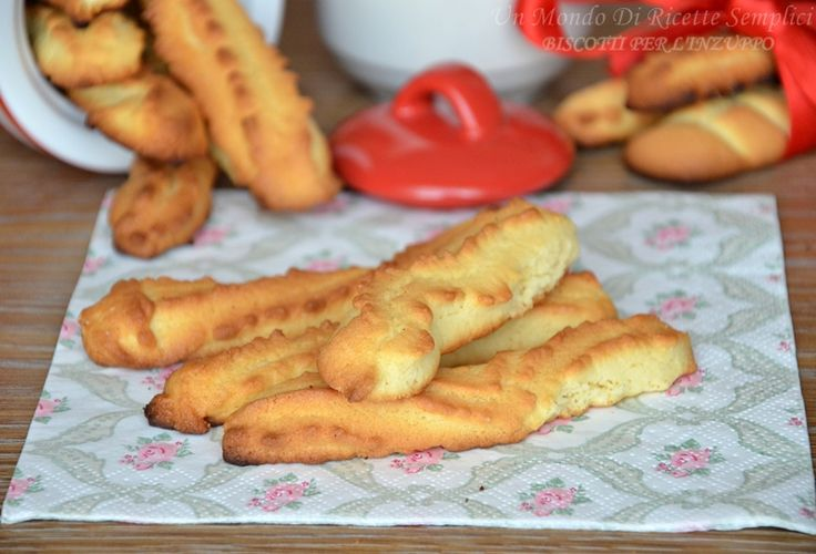 I biscotti da inzuppare sono croccanti e friabili e si ammorbidiscono perfettamente quando li inzuppare nel latte,sono molto più buoni di quelli acquistati! Però usate il burro!!!