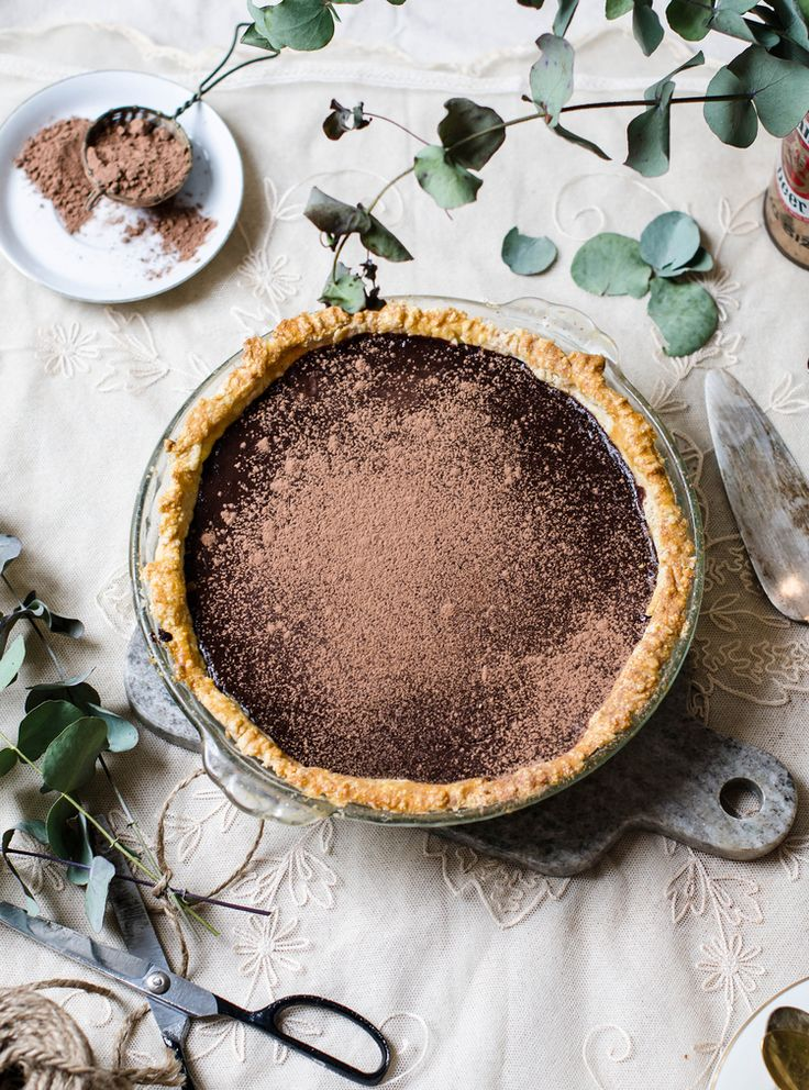 Rose & Ivy Journal: Dark Chocolate Peppermint Pie