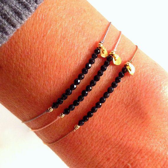 Onyx en seda piedra preciosa pulsera de por MirellaHammerJewelry