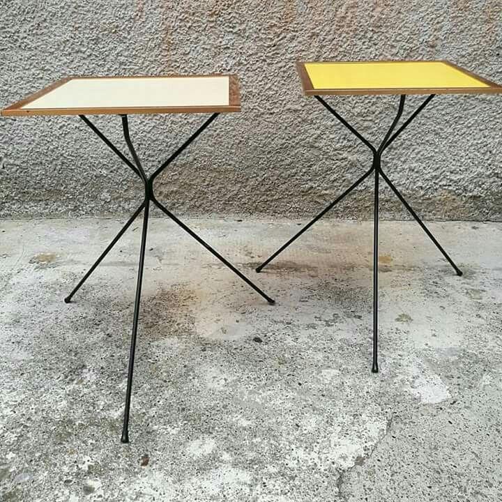 Coppia di tavolini o comodini anni 50 Con piano in rame smaltato uno giallo e uno panna. zampe in tondino di ferro piegato. Misure 30x30x67h #magazzino76 #viapadova #Milano #nolo #viapadova76 #M76 #modernariato #vintage #design #industrialdesign #industrial #industriale #furnituredesign #furniture #mobili #anni50 #comodini #modernfurniture #antik #antiquariato  #rame #smaltato #tavolini #coffeetable