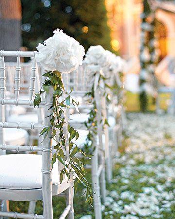 Wedding Aisle Decorations: Aisle Decorations, Decorations Aisle, Wedding Ideas, Wedding Flowers, Timeless Wedding, Weddings Reception Decorations, Wedding Aisles, Decorations Je Ne Sais Quoi
