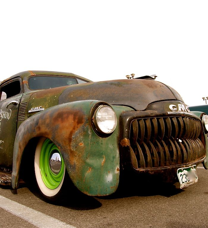 Rat rod truck  Nice Teeth that eat econo cars.