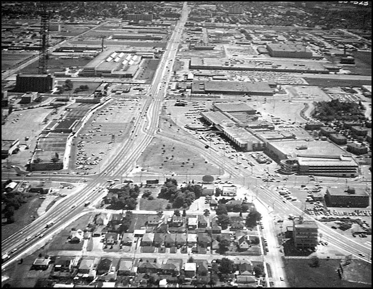Scarborough's Golden Mile: Eglinton/Victoria Park/O'Connor c. 1970 - Miscellany Toronto Photographs: Then and Now - Page 532