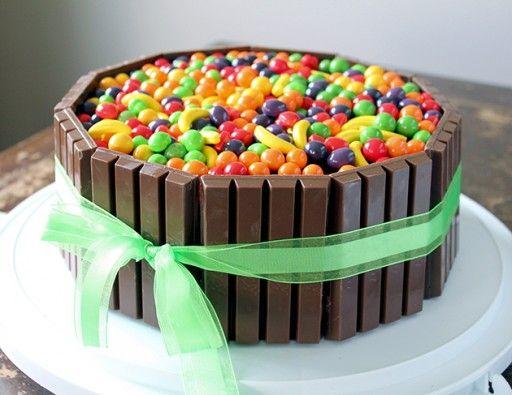 """Willy Wonka"" cake"
