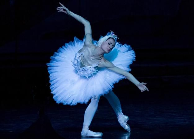 """One of the world's most famous ballets, """"Swan Lake,"""" will go before Turkish art lovers with a unique performance from the Kremlin Ballet Theater on May 23 at the Zorlu Center PSM."""