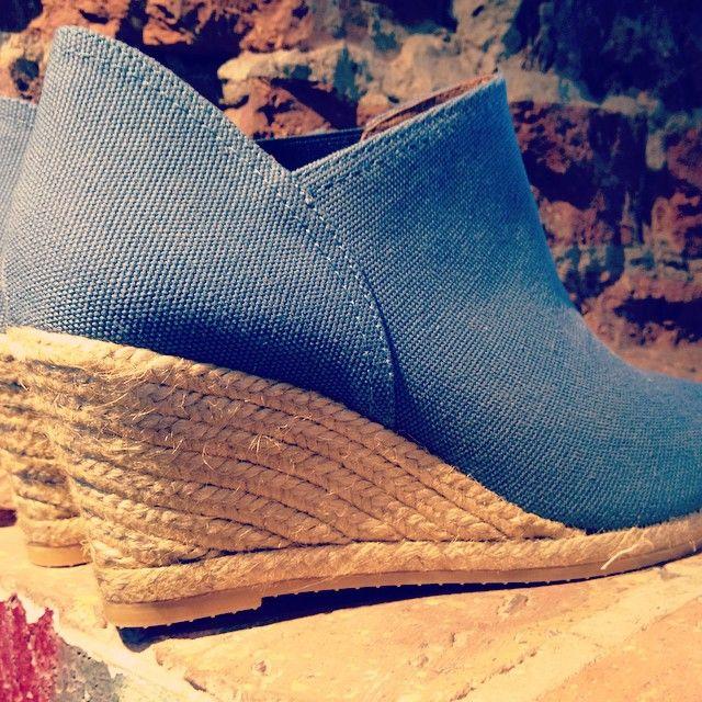 Espadrilles booties handmade in Spain. Gaimo. www.pasionshoes.com.au
