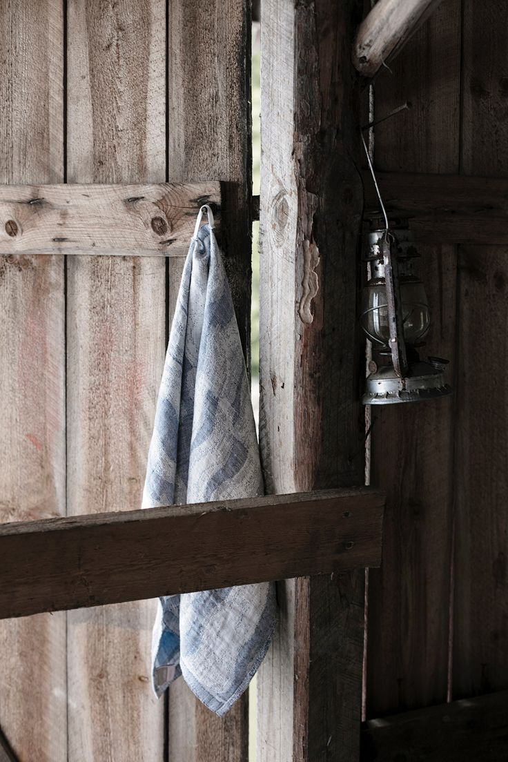 AALLONMURTAJA towel - 100%linen - for CLEAN BALTIC SEA project. Design by Reeta Ek, woven by Lapuan Kankurit in Finland.