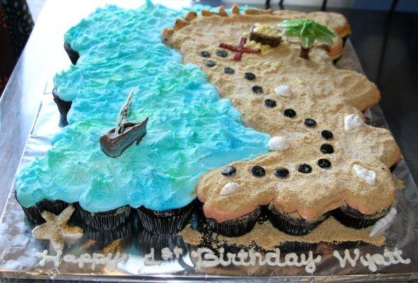 Cupcake Treasure Map Cake - Kreative Kupcakes Bakery