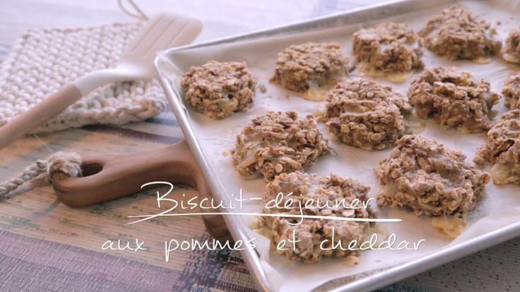 Biscuit-déjeuner aux pommes et au cheddar