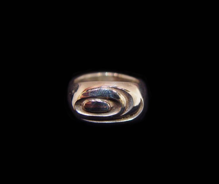 Salmon Ring, Alano Edzerza, Tahltan. Sterling silver. Northwest Coast First Nations Jewelry.