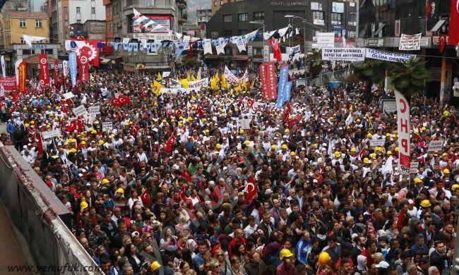 Emek ve Dayanışma Günü Emeğin Başkenti Zonguldak'ta büyük bir katılım ve coşkuyla kutlandı.