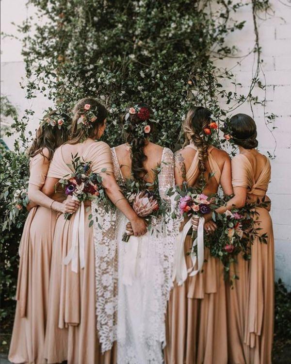 perfectly mismatched bridesmaids - photo Mari Sabra
