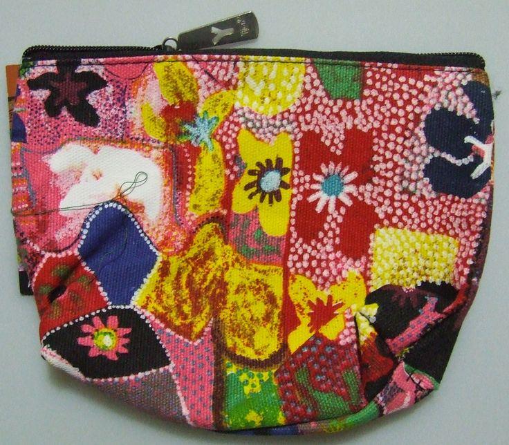 Yijan 1 Zip Cosmetic Bag Design:  Water Lillies Artist:  Gordon Landsen Milyindirri Code:  YI-COS-1 Price:  $9.50 or 2 for $17.00