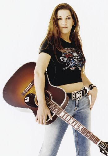 Hot Country Singers | Country Singer Gretchen Wilson Class of 08 Graduate - Bitten and Bound