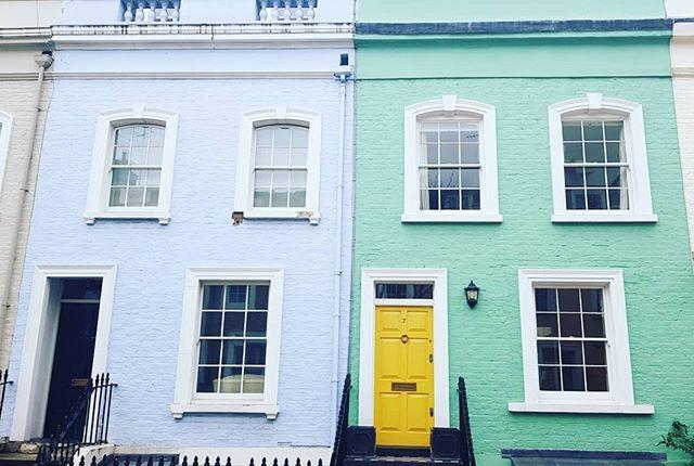 More colour, more London, same street! #london #lostinlondon #tourist #wandering #colourpop #stayinlondon #londoner #visitlondon #secretlondon #prettyhomes