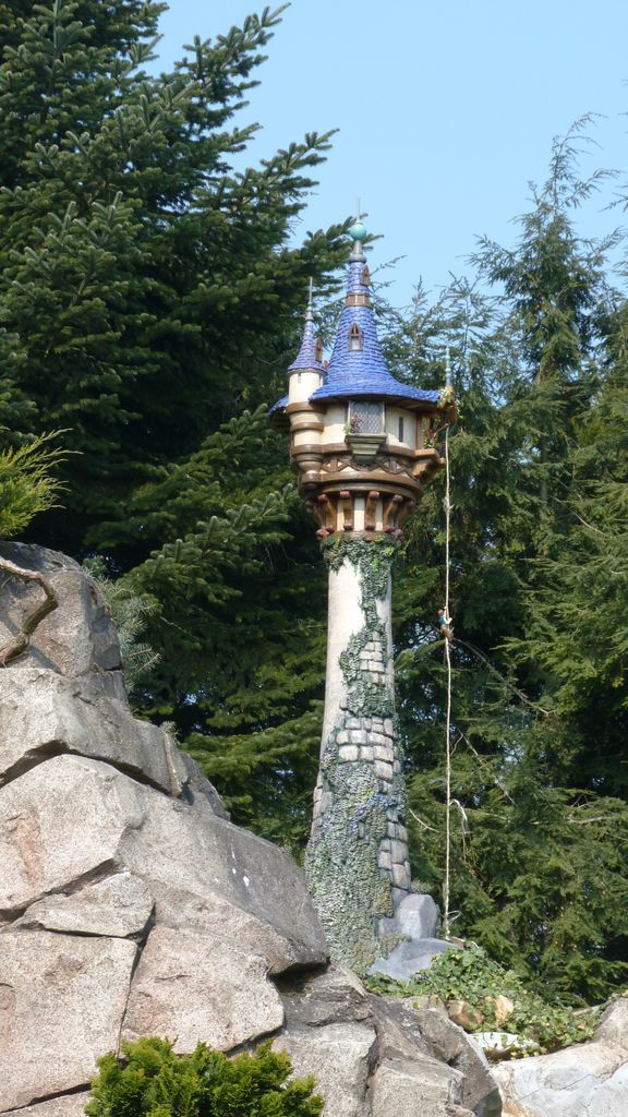 Tangled tower at Disneyland Paris awe turns out my niece Natty and my daughter both LOvE Rapunzel!!!!!