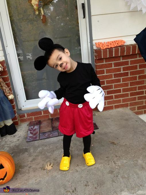 Mickey Mouse - 2013 Halloween Costume Contest