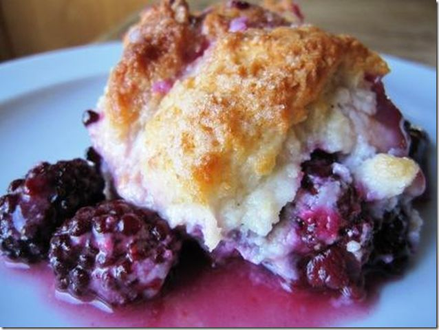 Easy Blackberry Cobbler topped with Pillsbury Pie CrustRecipe Desserts, Tummy Yummy, Pies Crusts, Desserts Yummy, Peaches Blackberries, Desserts Sweets, Sweets Tooth, Pies An Crusts An Cobble, Blackberries Cobbler Recipe