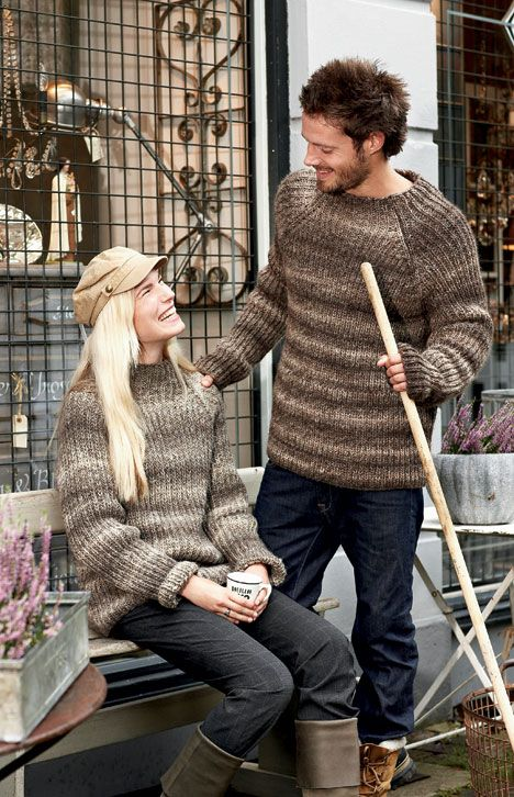 Strik en klassisk sweater i patent - faconen er den samme, men størrelsen går fra lille dame til stor herre.