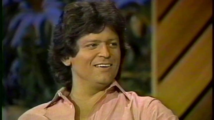 1984 Johnny Rodriguez talks George Jones with Ralph Emery