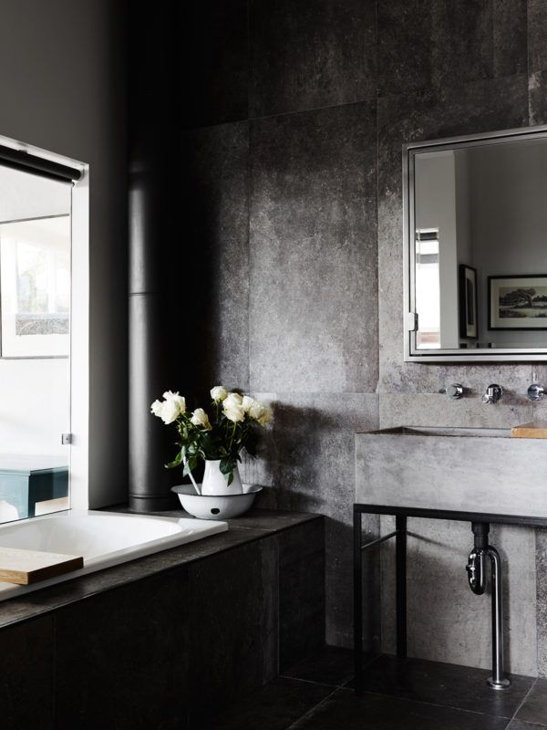 The Collingwood home of artist Stephanie Jane Rampton. Photo – Annette O'Brien. Production – Lucy Feagins / The Design Files.