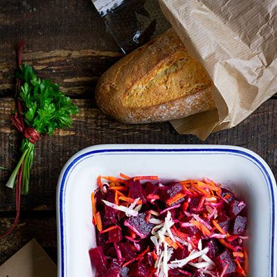 Vitaminový salát z červené řepy - recept krok 5