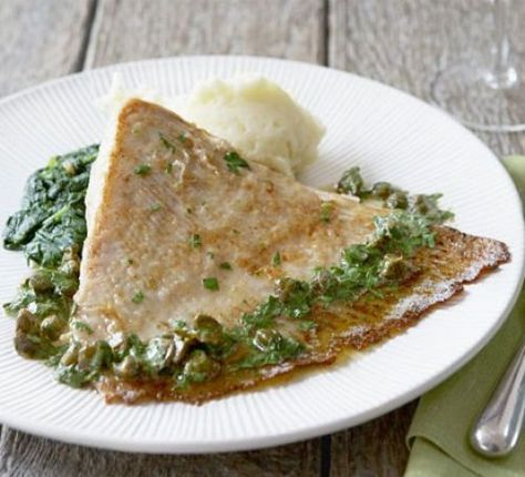 Ray with buttery parsley & capers