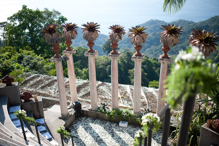 Hotel Villa Caletas amphitheater with a majestic ocean view. Photo by julie Comfort