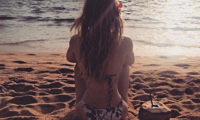 Fans critican a Belinda por su diminuta cintura