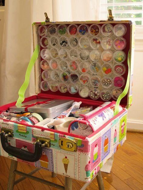 traveling craft suitcaseCustom Travel, Crafts Suitcas, Old Suitcases, Crafts Room, Crafts Storage, Travel Crafts, Storage Ideas, Crafts Supplies, Vintage Suitcas