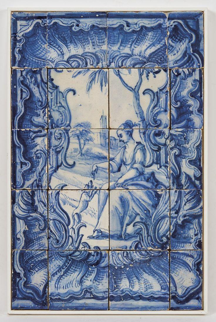 Figura feminina, painel de dez azulejos e dez meios azulejos, decoração a azul. Origem português, séc. XVIII