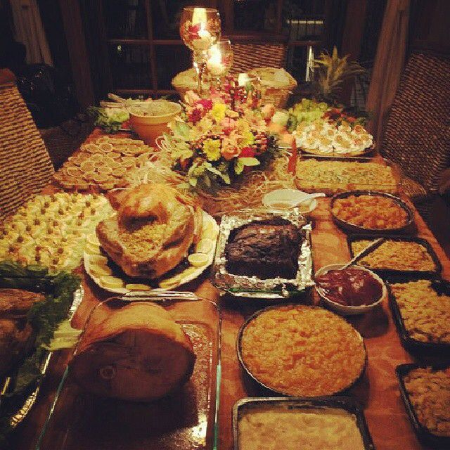 36 Thanksgiving Decorating Ideas And Traditional Recipes: 19 Best Holiday Buffet Table Images On Pinterest