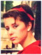 #eighties #Make-Up Mijn typische jaren '80 make up look. Lippenstift in een parelmoer-roze, dik aangezette Streep blusher en blauwe oogschaduw met blauwe Mascara. Het Madonna - Bananarama tule haarbandje maakte het af ;-) (What was I thinking)