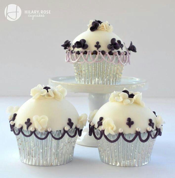 Cupcakes: Purple Cupcakes, Cupcakesyummi Cupcakes, White Cupcakes, Cupcakes Ideas, Domes Cupcakes, Cakes Decor, Rose Cupcakes, Cups Cakes, Cupcakes Cakes