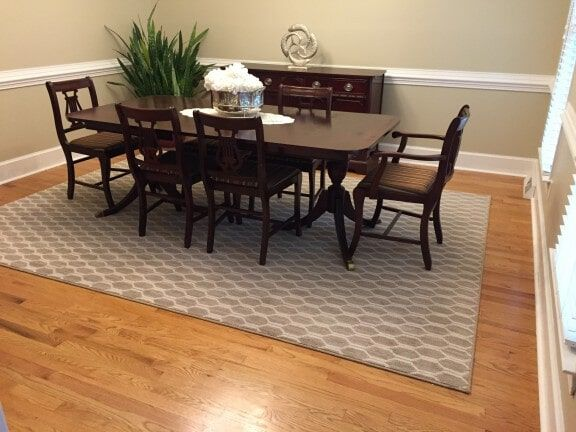 I Love The Design On This Area Rug It Makes The Dining Room Look Very Comfy My Parents Are Looking Into Getting A Rug For Their Living Rugs Area Rugs Carpet