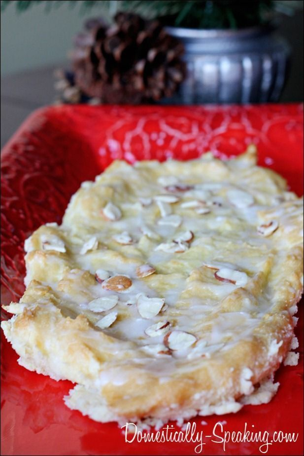 Almond Puff Pastry @ Domestically-Speaking.com - One of my family's favorites we have every Christmas morning.  It's a delicious recipe and it's easier than you think!