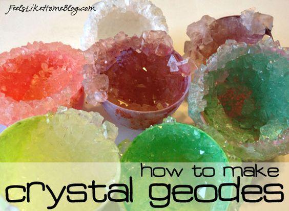 Как вырастить свой собственный Кристалл Geodes - Вы можете сделать любой цвет, даже использовать пластиковые яйца для другой вид .: