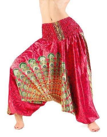 Велюровые костюмы брюки алладины