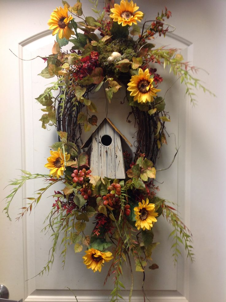 Fall bird house wreath Simple but so pretty