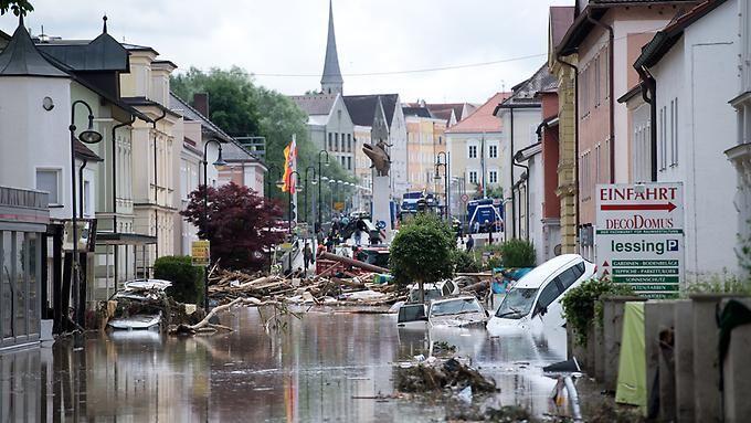 Zerstörung wohin das Auge blickt in Simbach am Inn.