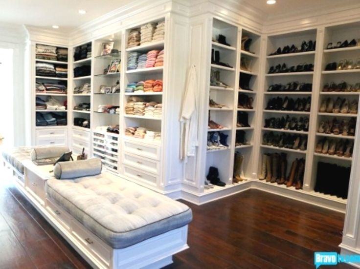 Exceptional Yolanda Foster (Real Housewives Of Beverly Hills) Dressing Room / Closet    Wow!
