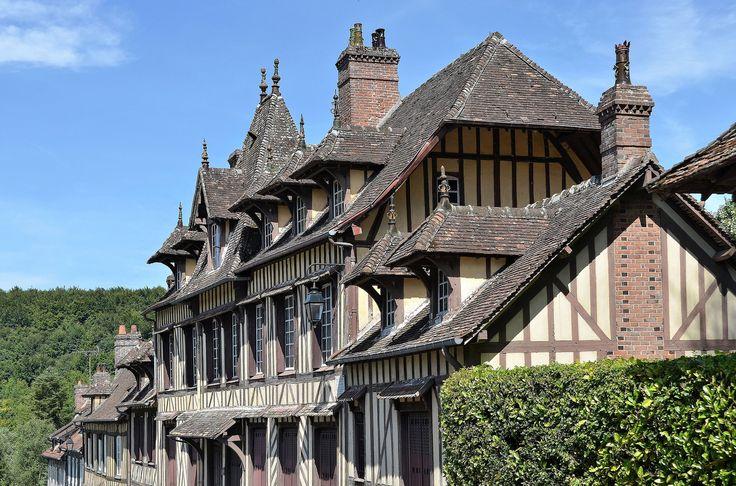 Lyons-la-Forêt (Eure) - Maison où a vécu Maurice Ravel | par Morio60