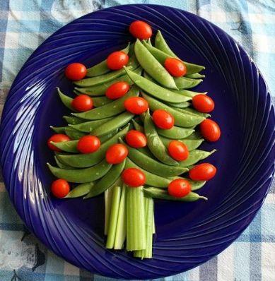 クリスマスシーズンには、スウィーツやチキンなどの楽しい食事がいっぱいですね。クリスマスツリーデコレーションを利用して、子供たちが苦手な野菜も楽しい雰囲気の中でたくさん食べてもらいましょう。かわいい飾りつけで普段よりもパクパク食べられるかも!