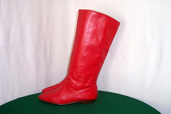 Sz 10m Vintage Fire Engine Red leather 1980s Women tall flat