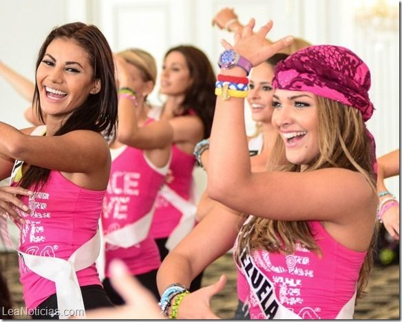 Las candidatas al Miss Universo en una clase de zumba (Fotos) - http://www.leanoticias.com/2015/01/14/las-candidatas-al-miss-universo-en-una-clase-de-zumba-fotos/